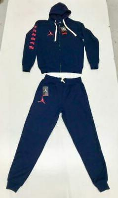 MENS SWEATSUIT AND ZIP UP FREE